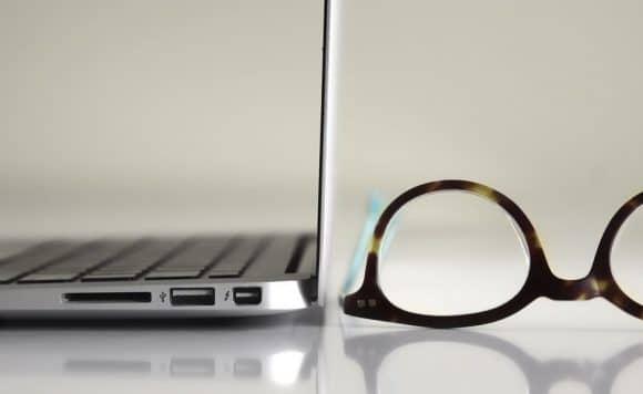 Computer-Blaues Licht