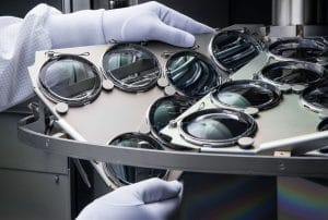Silhouette-Lens production