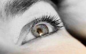 Pixabay-eyelashes-831801_1280