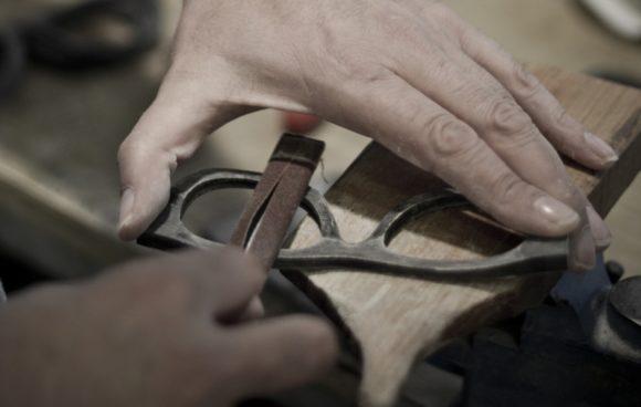 eyebizz: Hornbrillen in Handarbeit
