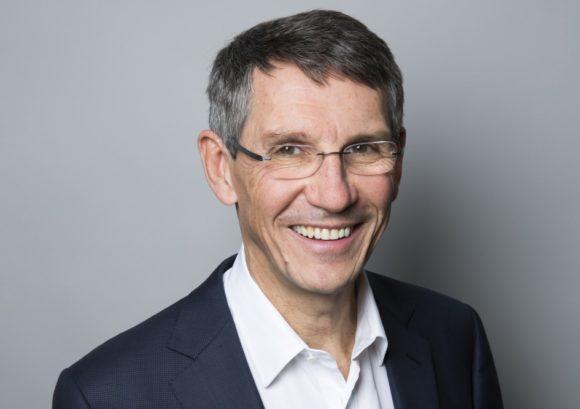 Essilor International: Hubert Sagnieres (CEO) freut sich über die hohe Mitarbeiterbeteiligung