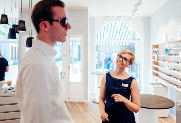 eyebizz - 70 Frauen: Lara Tilleke von Brillenliebe