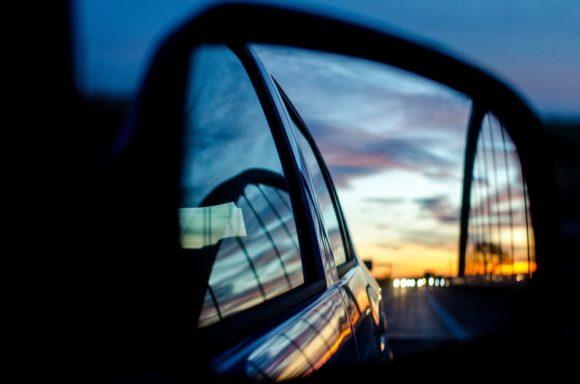 Mehrbrillenverkauf für Augenoptiker: Enormes Potenzial für Autofahrer-Gläser