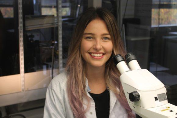 Zeiss: beste Feinoptikerin 2017 - Laura Krebs