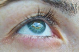 Verschiedene Ursachen für ein rotes Auge