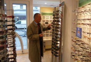 eyebizz: Warensicherung beim Optiker