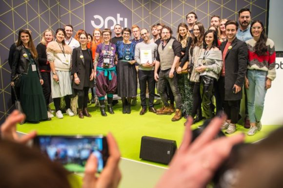 opti 2018: Blogger Spectacle