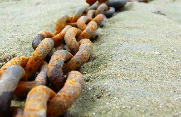 Rost: kann zu Problemen bei Metallbrillen führen