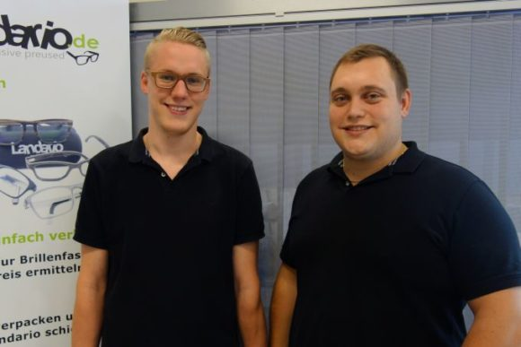 Landario handelt mit Gebrauchtbrillen - die Gründer Dominik Maier und Pascal Stropek