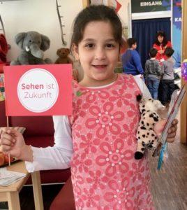 "Essilor-Gruppe: Gesunder Tag SOS-Kinderdorf Berlin - Mission ""Sehen ist Zukunft"""