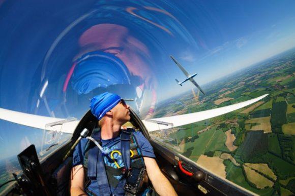 Sportbrille Flügelmacher - hier im Einsatz beim Segelfliegen