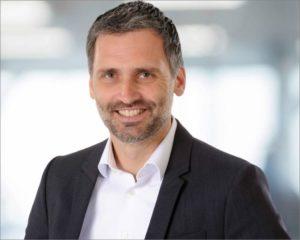 eyebizz: Umfrage zu Premium-Gleitsichtgläser - Essilor - Alex Versteeg