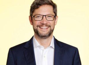 eyebizz: Umfrage zu Premium-Gleitsichtgläser - DAO AG - Johannes Hoffmann