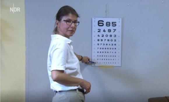 Projekt Mehrblick: Christiane Faude-Großmann - bei der Refraktion
