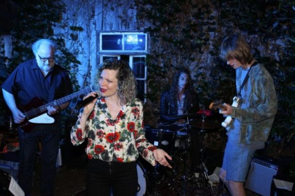 Scheunenfest bei Prof. Bernd Lingelbach - mit Liveband