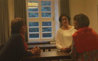 eyebizz-Seminar Nr. 2 mit Sigrid Meuselbach: Teilnehmerinnen beim Austausch