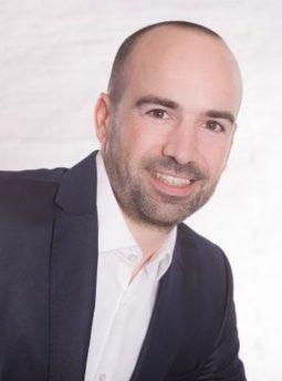 Dr. Bastian Cagnolati