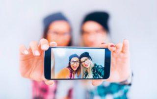 Essilor-Tragetest zur Veredelung Crizal Sapphire UV für Brillengläser