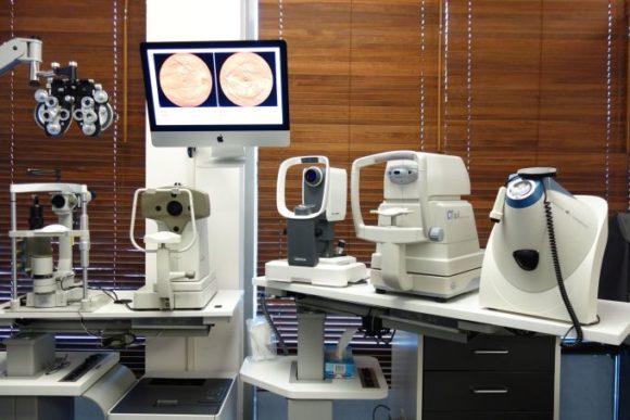 Jonas Huth entwickelte Portal für Optometrie - Equipment