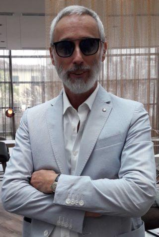 Pramaor - Blackfin Eyewear: Mario Viel