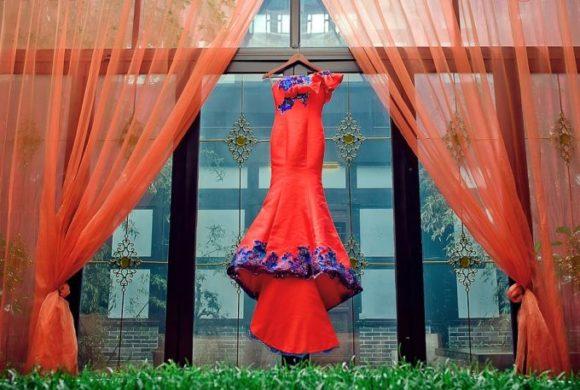 In China üblich: Brautkleid in Rot