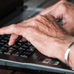 Generations 65 plus: Jeder Zweite surft im Internet