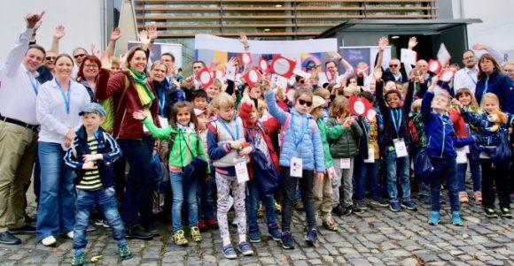 Sehtest-Aktion im Viseum: mit 54 Grundschülern