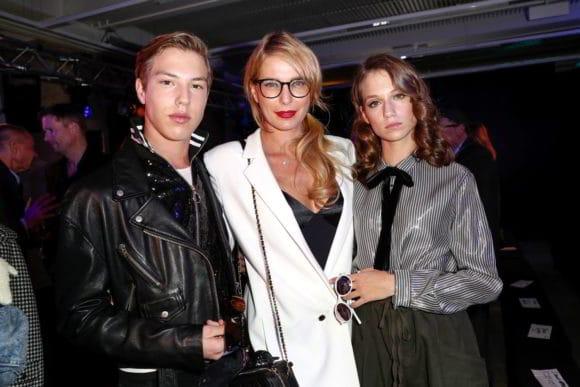 Sohn Nathan Wehrmann, Giulia Siegel und ihre Tochter daughter Mia Wehrmann, Rodenstock Eyewear Show 'A New Vision of Style'