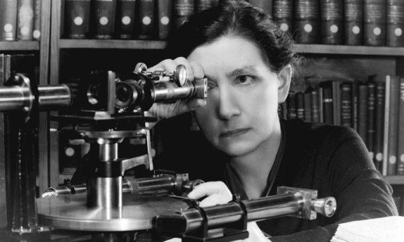 Dr. Estelle Glancy - Die First Lady der Augenoptik