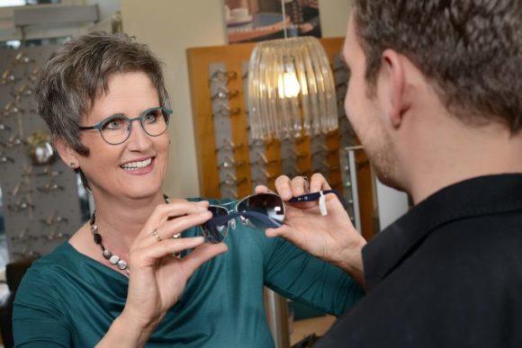 Petra Waldminghaus - Imageberatung beim Augenoptiker