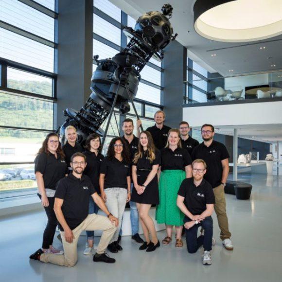 Zeiss Stipendium - Woche 1 - Gruppenfoto im Planetarium