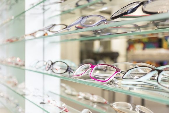 Brillen beim Augenoptiker