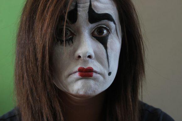 Karneval: Sechs Tipps, damit es keine roten Augen gibt