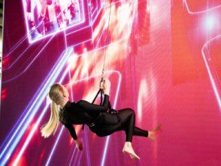 opti 2020 - Akrobatik bei Zeiss