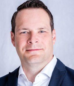 CooperVision - JohannesZupfer - Interrim CEO