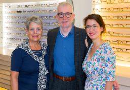 Federer Augenoptik: Jasmin, Walter und Svea Meier