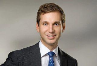 Dr. Sebastian Waldstein