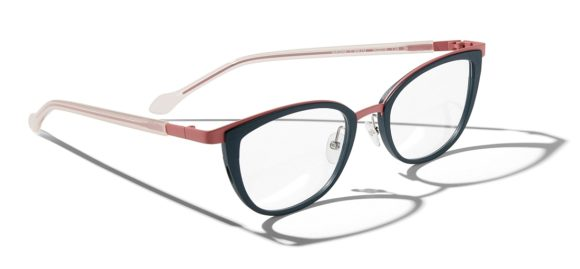 Face a Face - Running - Masha 1_col9470 - Design Eyewear Group