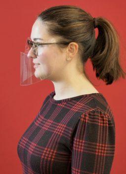 Optiker Brökelschen - Gesellin Lisa Broeken mit CoVisier