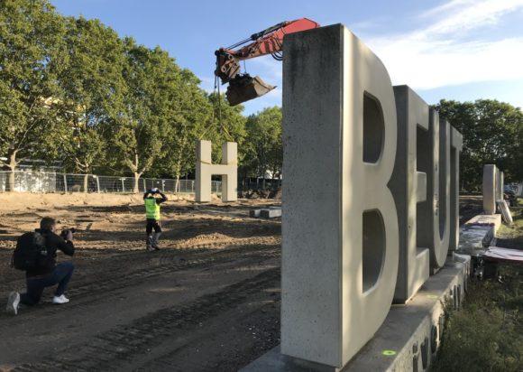 Beuth Hochschule Berlin - Demontage der Buchstaben 2020
