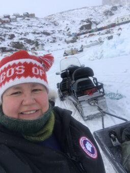 Bobo's Optik auf Grönland - mit dem Snowmobil unterwegs