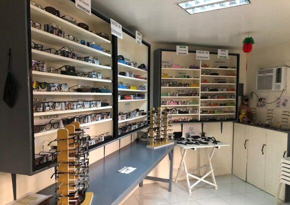 Entwicklungsdienst Deutscher Augenoptiker - San Damian Eyeglasses Manila innen