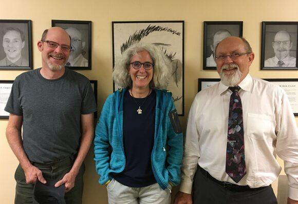 Prof. JP Lowery, Katja Schiborr und Prof. Hannu Laukkanen