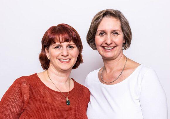 Kontaktlinsen Umfrage von eyebizz - Corinna und Irina Wahrendorf