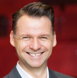 eyebizz Corona Umfrage 2021 - Tobias Kollmann